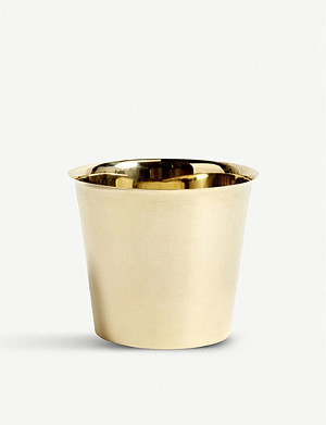 HAY Botanical Family extra large brass pot 20cm