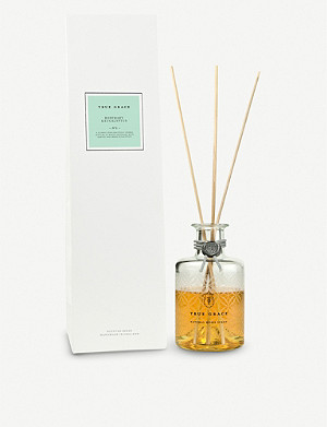 TRUE GRACE Rosemary & Eucalyptus reed diffuser