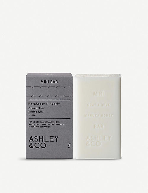 ASHLEY & CO Mini Bar Parakeets & Pearls soap 90g