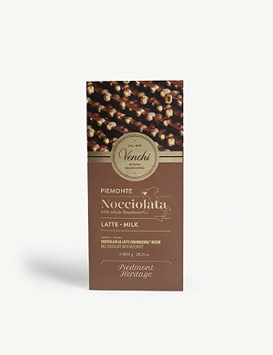 VENCHI Milk chocolate with whole hazelnuts 800g