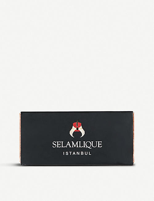 SELAMLIQUE: Delicacy white chocolate pistachio and almond croquants 60g