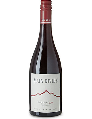 NEW ZEALAND: Pinot Noir 750ml