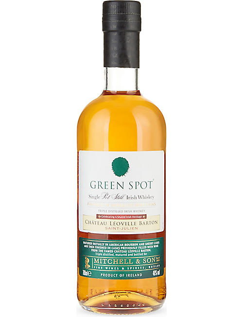 IRISH WHISKY: Single pot still Irish whiskey 700ml