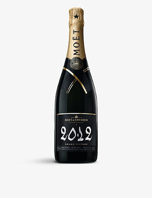 MOET & CHANDON Grand Vintage Champagne with Gift Box 2009 750ml