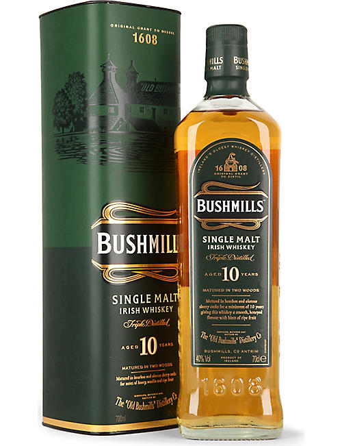 BUSHMILLS 10-Year-Old single malt whisky giftbox 700ml