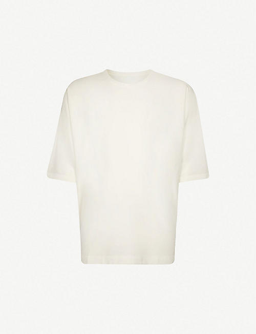 HOMME PLISSE ISSEY MIYAKE Batwing-sleeve cotton-jersey T-shirt