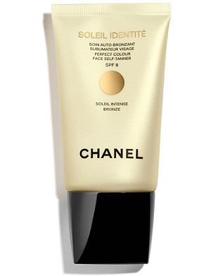 CHANEL SOLEIL INDENTITÉ – Perfect Colour Face Self–Tanner SPF 8