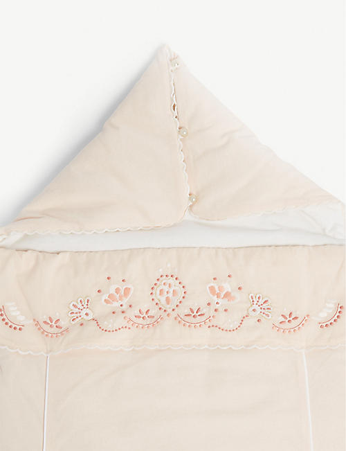 CHLOE Floral embroidered quilted cotton nest