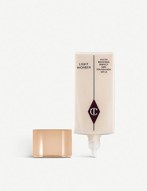 CHARLOTTE TILBURY Light Wonder Foundation SPF 15 40ml