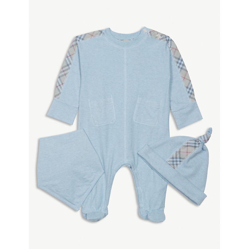 BURBERRY | Colby Check Bodysuit, Hat And Bib Gift Set 1-6 Months | Goxip