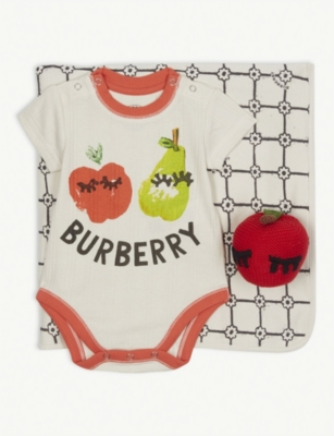 BURBERRY Apple cotton body vest, blanket, toy and wash bag gift set 1-6 months