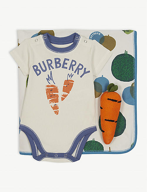 BURBERRY Carrot cotton body vest, blanket, toy and wash bag gift set 1-6 months