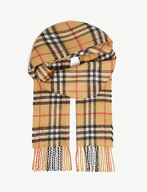 e753e43d2a7 BURBERRY Vintage check cashmere scarf