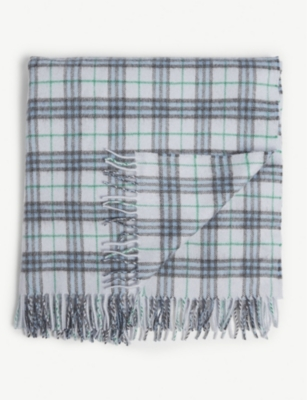 BURBERRY Check cashmere blanket