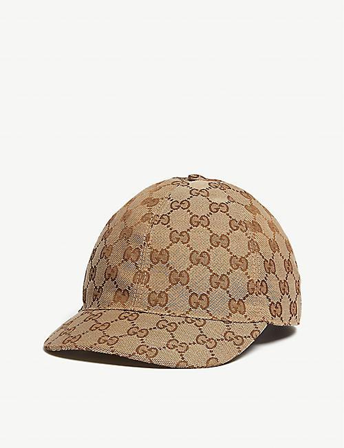 942975b9ff5 GUCCI GG supreme canvas cap