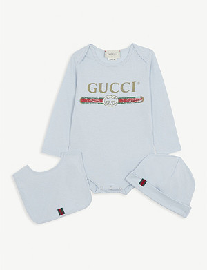 GUCCI Logo cotton babygrow, hat and bib set 0-18 months