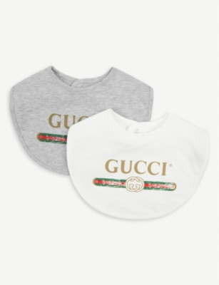 GUCCI Logo-print cotton bib set of two