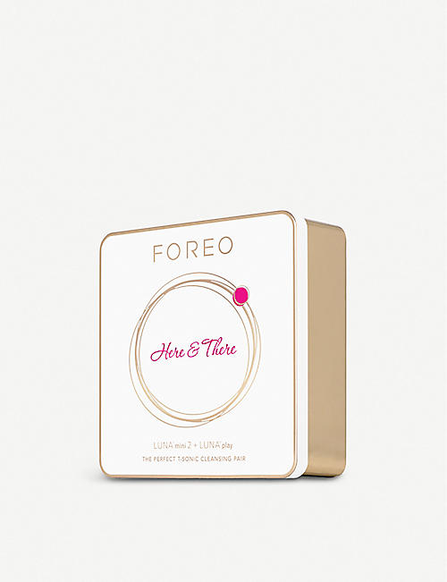 FOREO Here and There Gift Set