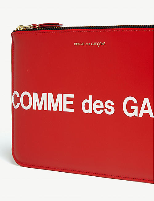 COMME POCKET Logo leather pouch