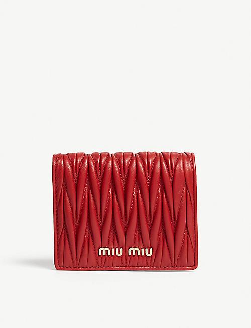 01d6f087734f MIU MIU - Matelassé leather wallet