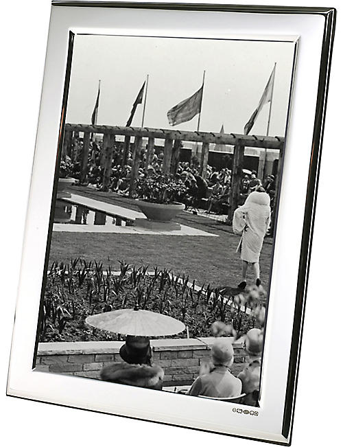 "ARTHUR PRICE: Plain Sterling silver photo frame 7"" x 5"""