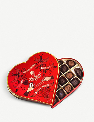 CHARBONNEL ET WALKER Red Heart of Desire milk and dark chocolate assortment 255g