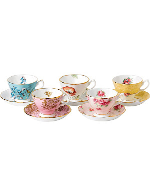 ROYAL ALBERT 100 years 5-piece cup and saucer set (1950-1990)