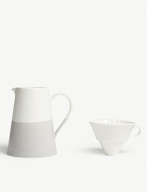 ROYAL DOULTON Porcelain jug and dripper set
