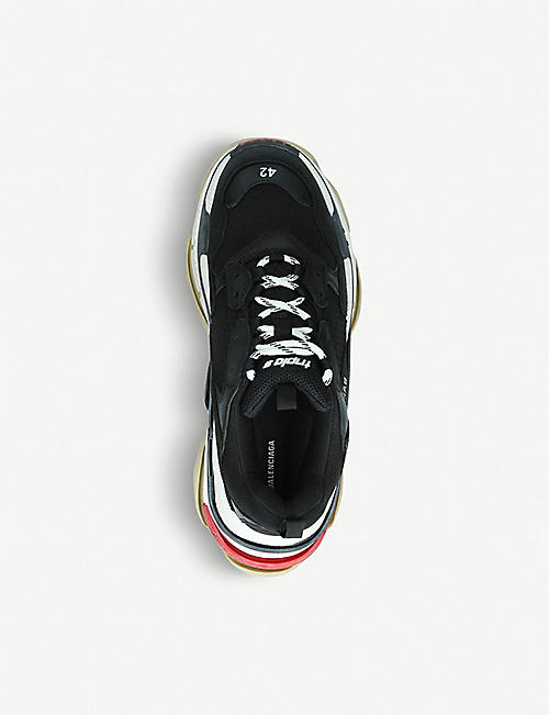 BALENCIAGA Mens Triple s runner