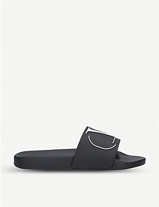 VALENTINO GARAVANI: Logo-embossed rubber sliders