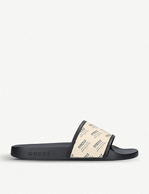 GUCCI Pursuit printed rubber sliders