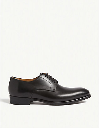 MAGNANNI: Plain derby shoe