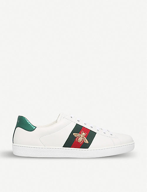 697025c22 GUCCI Mens New Ace bee-embroidered trainers