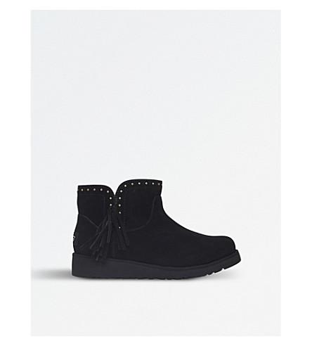 3698a543c3c UGG - Cindy sheepskin boots | Selfridges.com