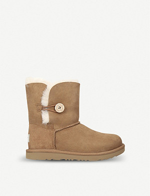 UGG Bailey button II sheepskin boots 2-7 years