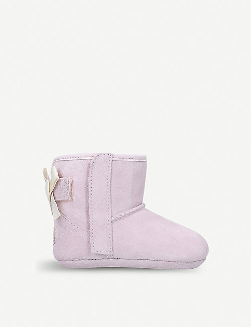UGG: Jesse bow suede boots II and beanie set
