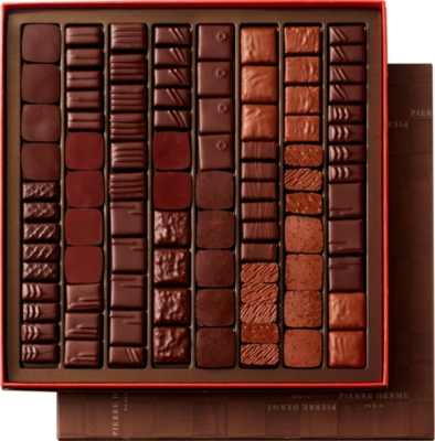 PIERRE HERME Classic chocolate assortment 900g