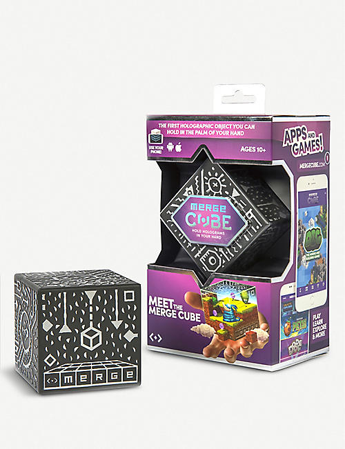SMARTECH: Merge Cube game