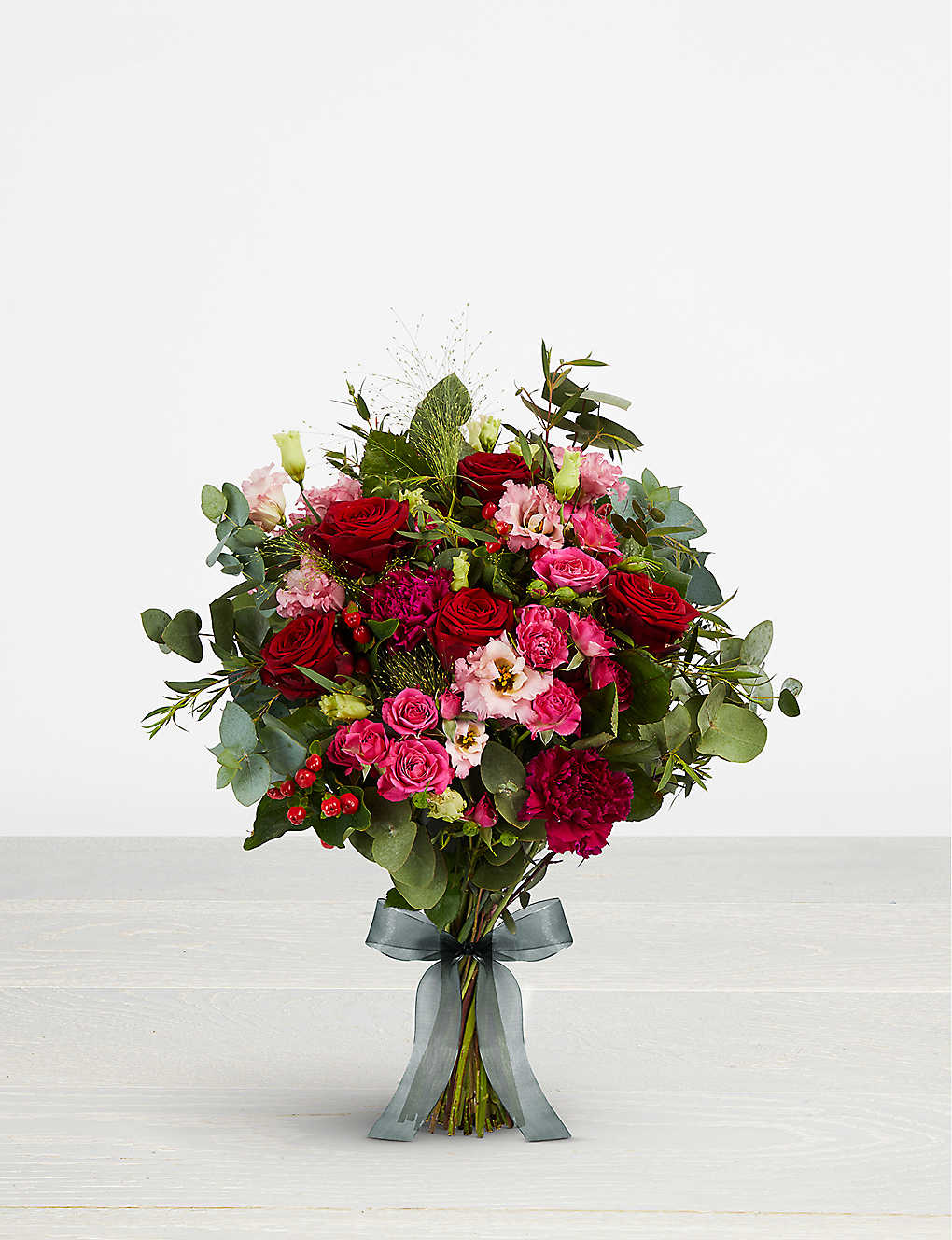 BARISIEUR: Red pink bouquet