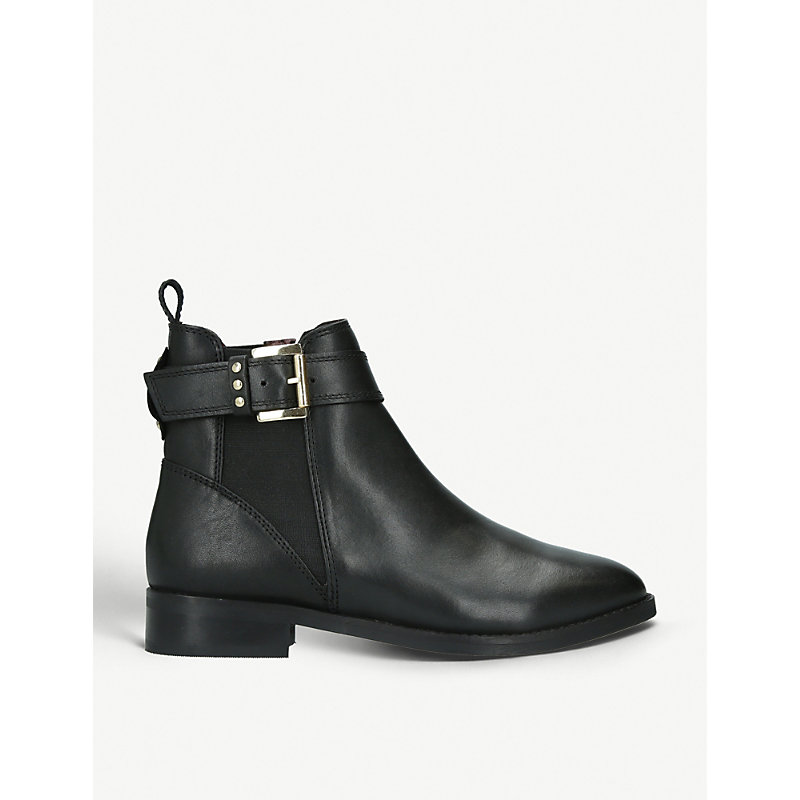 Rusty Buckle-Detail Leather Chelsea Boots in Black