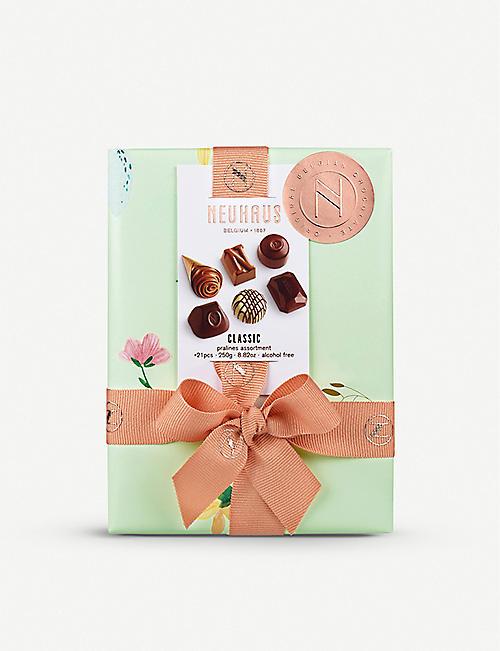 b6e9ce25aea Selfridges Foodhall - Chocolate, Champagne, Hampers & more