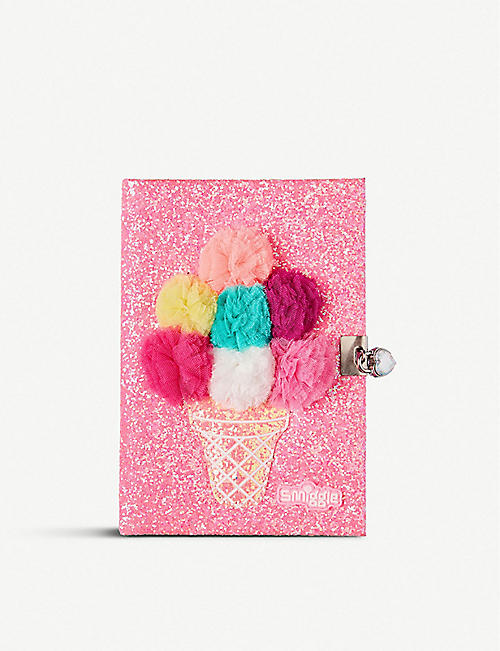 SMIGGLE Fave A5 lockable notebook