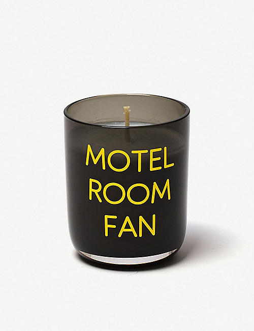 SELETTI: Memories Motel Room Fan scented candle 110g