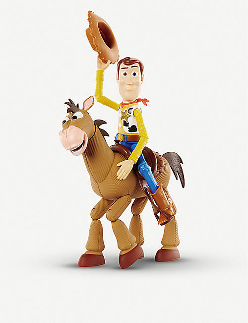 TOY STORY Woody and Bullseye set