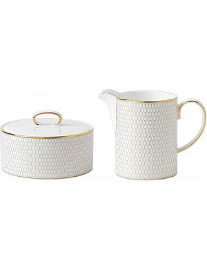 WEDGWOOD Arris sugar bowl and cream jug