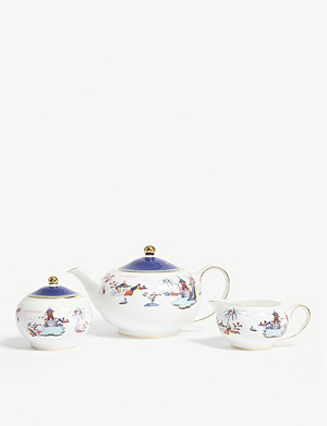 WEDGWOOD Wonderlust Blue Pagoda 3-piece china set