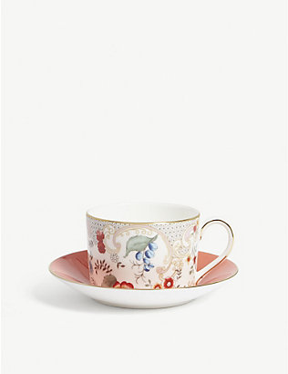 WEDGWOOD: Wonderlust Rococo Flowers teacup and saucer