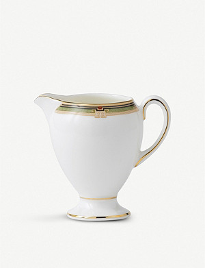 WEDGWOOD Oberon fine bone china cream 0.3 pint jug