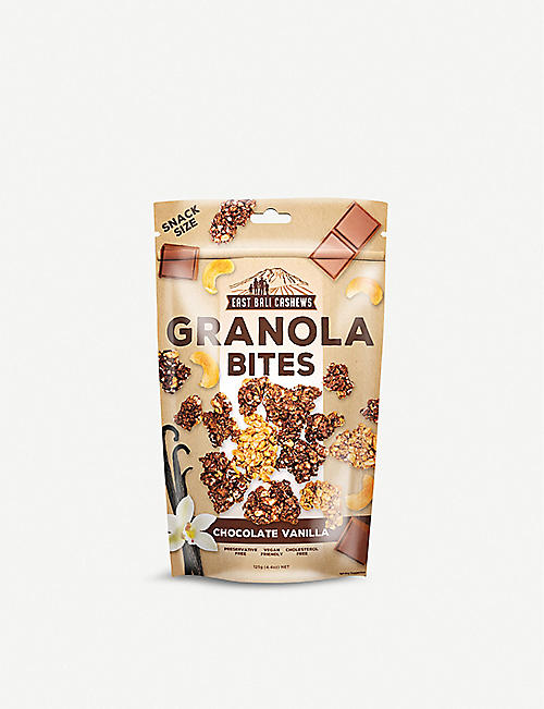 EAST BALI CASHEWS Chocolate and vanilla granola bites 125g