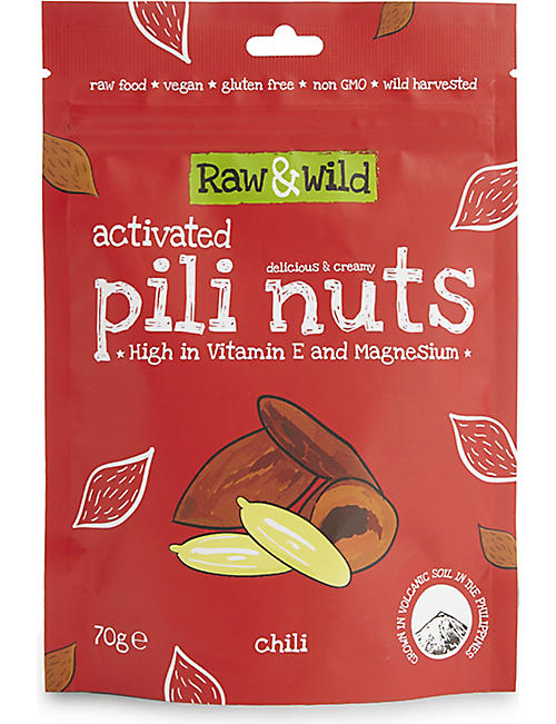 RAW & WILD Chili Activated Pili Nuts 70g